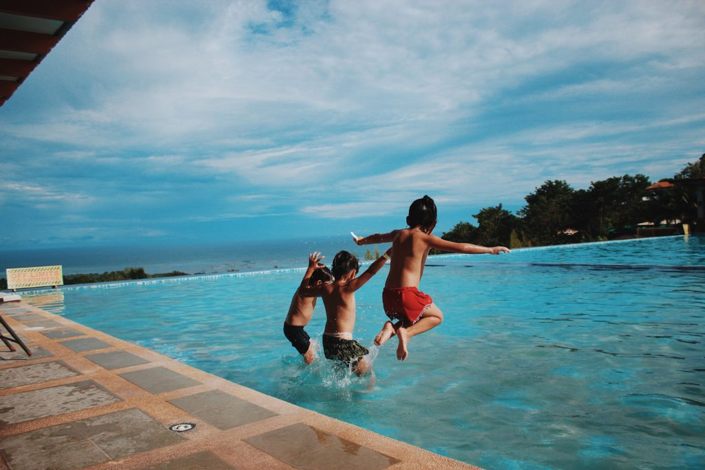 Swimming pool - villa